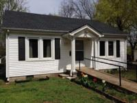 Remodeled little dollhouse! Cute and compact 2 bedroom