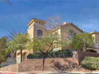 Gorgeous boulder city condo in bay view! 2 car garage a