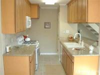 Tastefully remodeled Auburn Greens unit. Granite