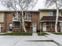 Updated Millcreek Townhouse! New laminate flooring, new