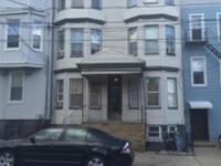 Great opportunity!!! Don't miss it!!! 2 Bed, 1FBath