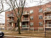 Beautiful 2 bedroom, 1 bath condo with recently
