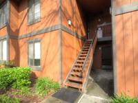 Don't miss this 2 bedroom upstairs condo in fremont