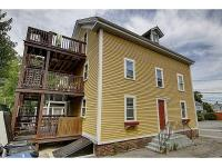 Located in downtown Newport this beautiful two bedroom