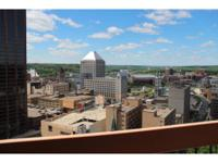 Beautiful downtown condo with amazing views! One level