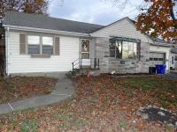 Exterior Newly Painted. Spacious 2 Bed, Large LR,