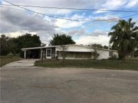 Investor alert!! Fixer upper!! House needs tlc and is