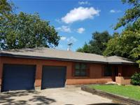 Commercial or residential right on 174 and easy access