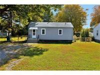 Great starter home or investment opportunity! Newer