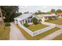 Quintessential Mount Dora Cottage!! Enjoy this charming
