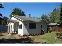 1928 Single level home with a nice quiet location at