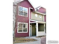 Well maintained town home end unit in west Greeley!