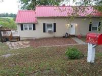 21 acres along Grassey Creek*Cute & cozy home*Newer