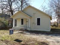 Great starter home or investment opportunity!!! Move in