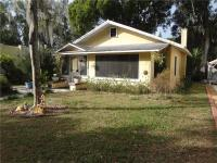 Mount dora bungalow ......Located in historic district