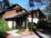 Charming and rustic style 2/2 end-unit condo with