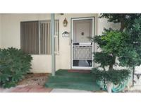 Great Location!!! Adorable single story bottom unit at