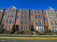 ***gorgeous townhome/condo with over 1600 sq ft of