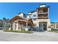 Beautiful Silverado Lodge triple-lock-out condo with 2