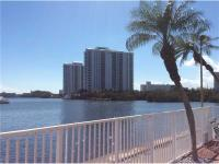 Waterfront - wide water view - 2/2 corner with