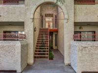 Beautiful Condo in Scottsdale! Close to shopping,