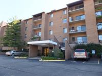 Easy living in this 1st floor 2 BR condo complete