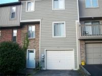 # of Rooms  - 7  Floor Coverings  - Laminate  - Wall to
