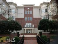 Charming gracious Southern style! This condo offers all