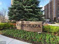 Beautiful Condo in sought after Skyline Plaza Updated