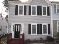 Excellent Opportunity-Fee Simple Townhome-Great
