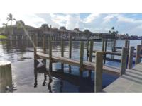 Direct gulf access 2/2 condo located at the end of