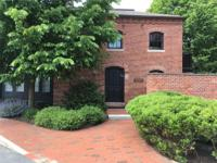 Stunning Renovated Historic Carriage House with open