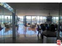 Silicon Beach -This is a stunning 2 bedroom 2 bath home