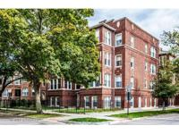 Beautiful East Albany Park Condo with a versatile floor