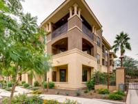 Enjoy the Scottsdale lifestyle! Beautiful ground level