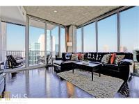 Spectacular 28th floor NW corner unit with panoramic