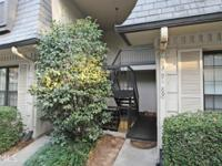 Fha approved complex! Charming top floor unit w/