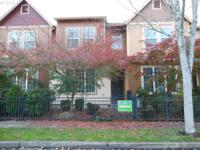 Townhouse in Arbor Rose. 2 bedrooms + loft, 2 1/2 bath,