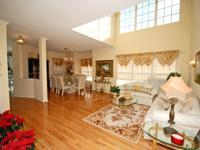 Bright, Spacious and Beautiful describes this 2 Br and