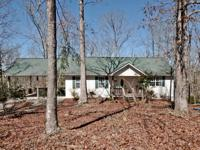 Beautifully wooded private 2/2 home on the river!! This