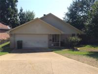 Cute 3 bedroom, 2 bath home looking for new owners!
