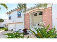 This well maintained 2 bedroom 2 bath unit is in a nice