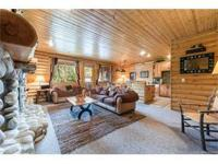 This cozy, two bedroom ski condo boasts stunning Deer