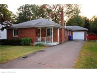 2 Bedroom Ranch, Newington $197,100. Place: Newington,