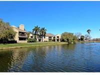 Located in South Tampa, Panoramic Lakeviews, Vaulted