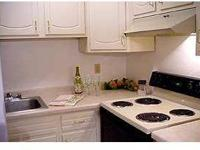Spacious Studio, 1, 2 and 3 Bedroom Apartments, Gas,