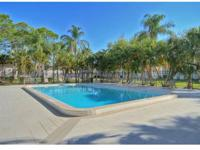 Areas Largest Apartments, 20 Minutes to Beaches,