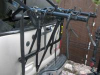 Schwinn 2-Bike Trunk Mount Rack Two-bike trunk rack