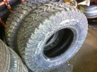 2 like new goodyear wrangler 31x1050x15 mud terrain