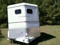 2003 2 horse trailer , slant load... Excellent